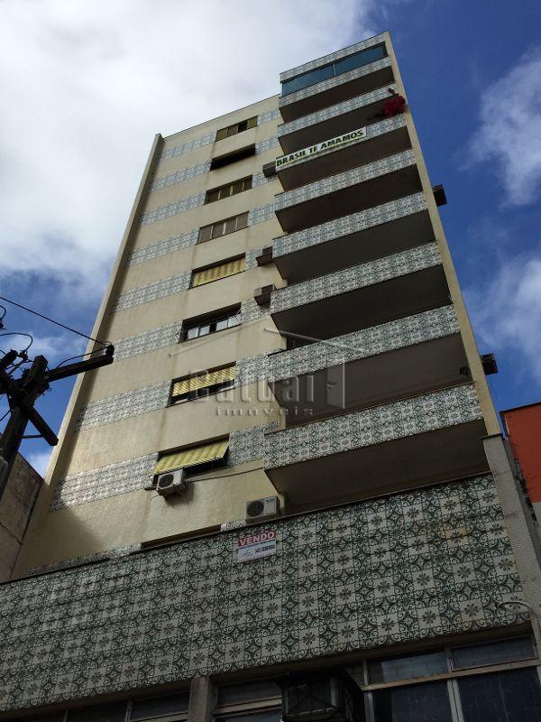 Esmeralda Cristina Edificio