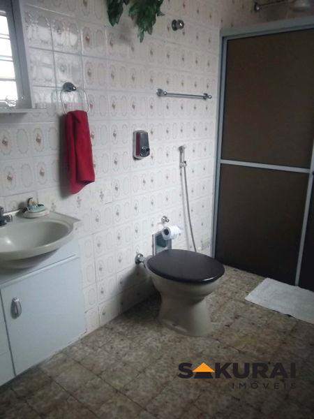 Casa de 3 dormitórios em Vila São Cristóvão, Valinhos - SP